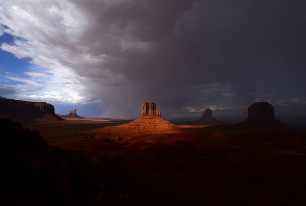Monument Valley - Utah & Arizona photography trip with Raul Touzon